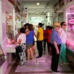 Los comerciantes de la plaza de Abastos dan un ultimátum al Gobierno