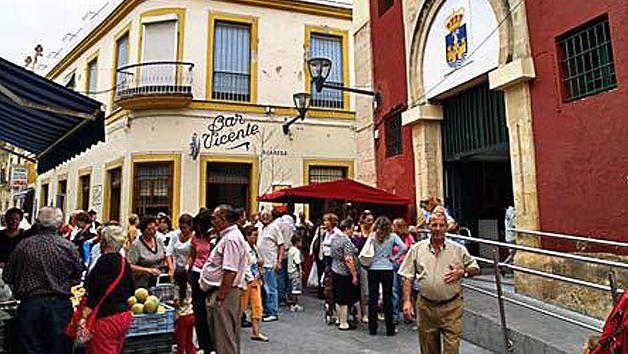 El Mercado de Abastos de la Concepción, en El Puerto, en una foto antigua de 'Gente del Puerto'.
