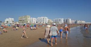 La playa de Valdelagrana es una de las playas sin megafonía según denuncia el PP.