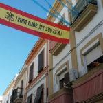 """Hallada la bandera desaparecida de España con el lema """"¡Más que tú, sólo Dios!"""""""