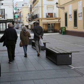 Aprobada la adjudicación del mantenimiento de los bancos de las calles de El Puerto