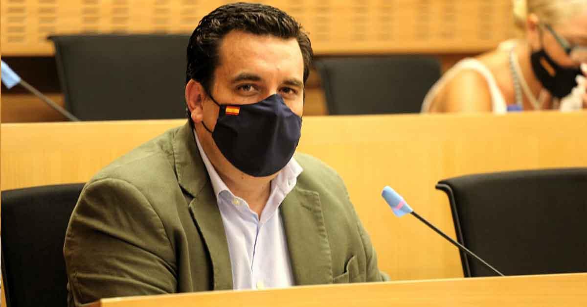 """Curro Martínez: """"Estamos informando a la oposición de cada paso del contrato de Mantenimiento Urbano"""""""