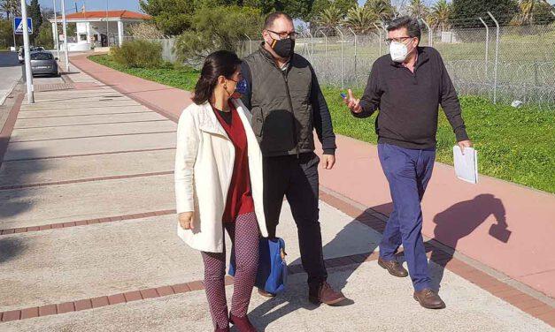 Bello visita Fuentebravía con la asociación de vecinos para conocer sus demandas