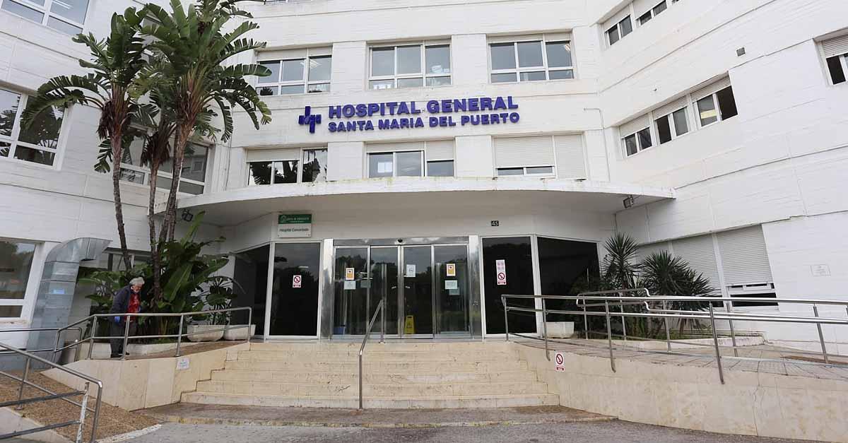 El hospital de El Puerto mantiene a 24 personas ingresadas, dos en la UCI