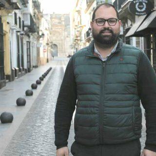 """""""Cumpliremos el compromiso de bajar los impuestos a los portuenses progresivamente"""""""