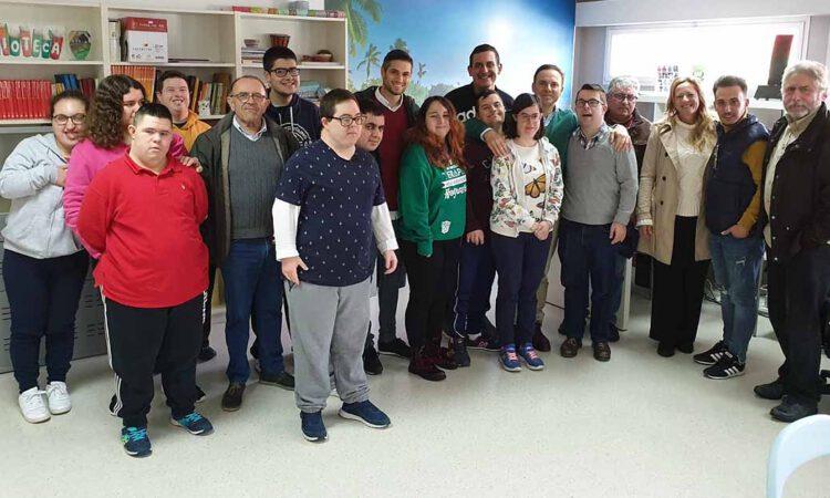 El PSOE reivindica la importante labor de Apadeni