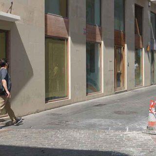 El Ayuntamiento inicia el arreglo de los adoquines de las calles del centro de El Puerto