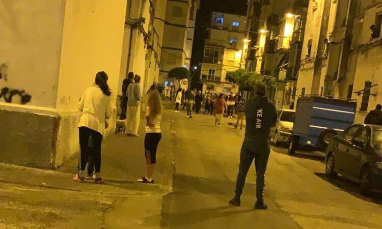 La Policía interviene tras registrarse incidentes en Los Milagros
