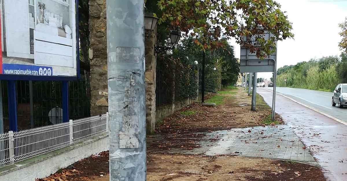 Vox solicita que se finalice con urgencia el acerado de la carretera de Fuentebravía
