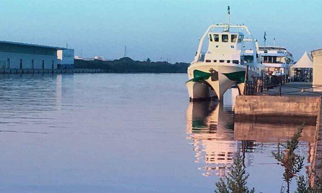 Suspendidas las rutas gratis para los viajeros del catamarán
