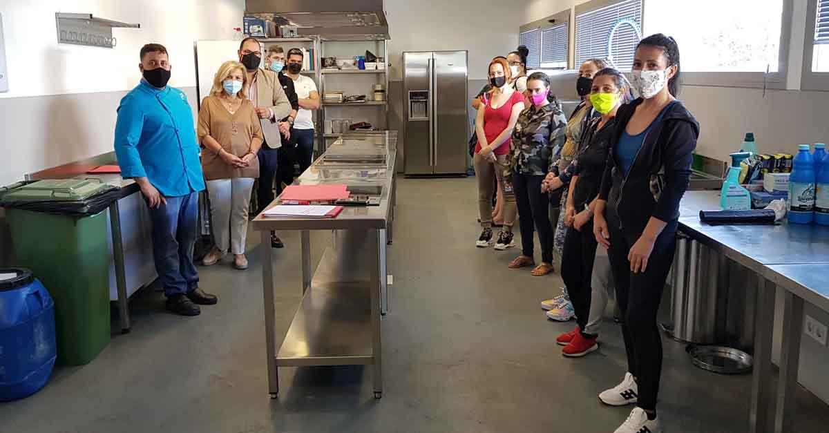 """El Centro Cívico acoge el curso """"Cocina básica de hogar y aprovechamiento"""""""