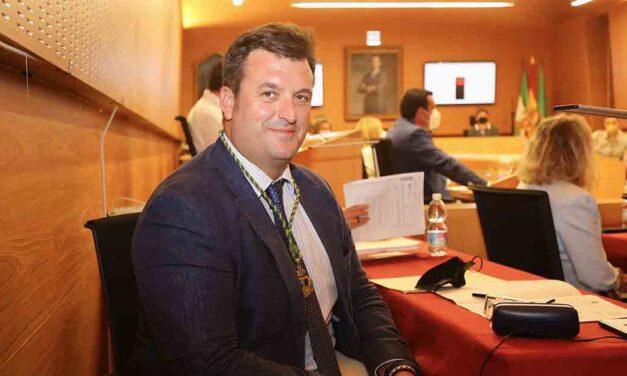 César de la Torre se hace cargo de la Concejalía de Toros y coordinación de las empresas municipales