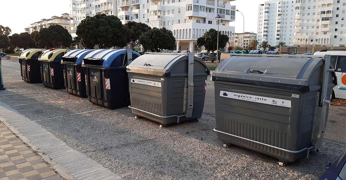 Instalados nuevos contenedores de acero galvanizado en Valdelagrana