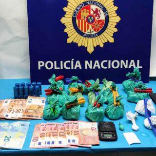 Dos detenidos y un punto de venta de droga desarticulado en El Puerto