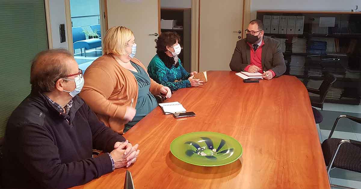 La Flave se interesa por el proyecto del paseo fluvial de El Puerto