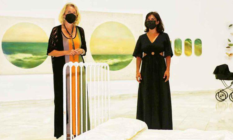 Éxito de acogida del público para la exposición 'Nada que ver' en el Centro Cultural Alfonso X de calle Larga