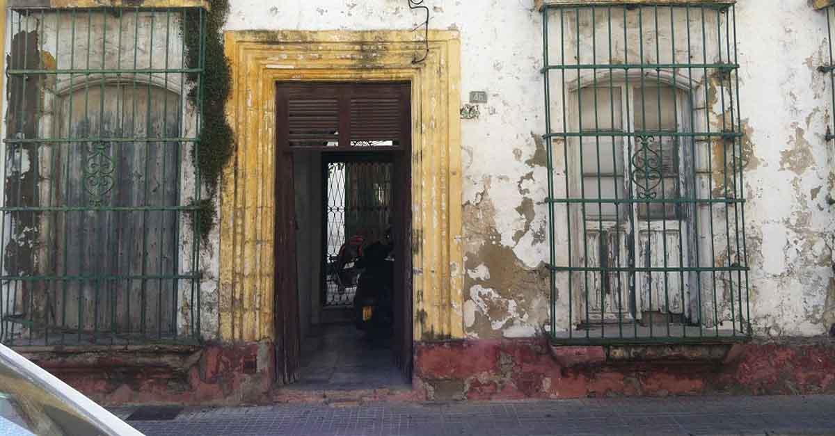 IU pregunta por el bando municipal de 2021 para la bonificación en el pintado de fachadas