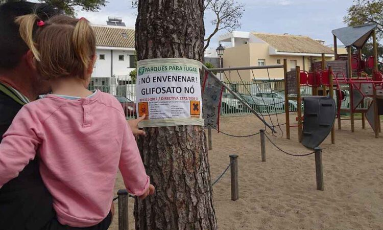 Ecologistas denuncian el uso glifosato en los parques de El Puerto