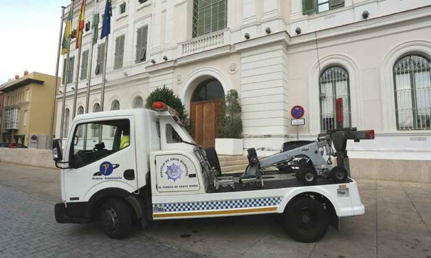 La concesionaria del servicio de grúa municipal despide a sus cinco trabajadores