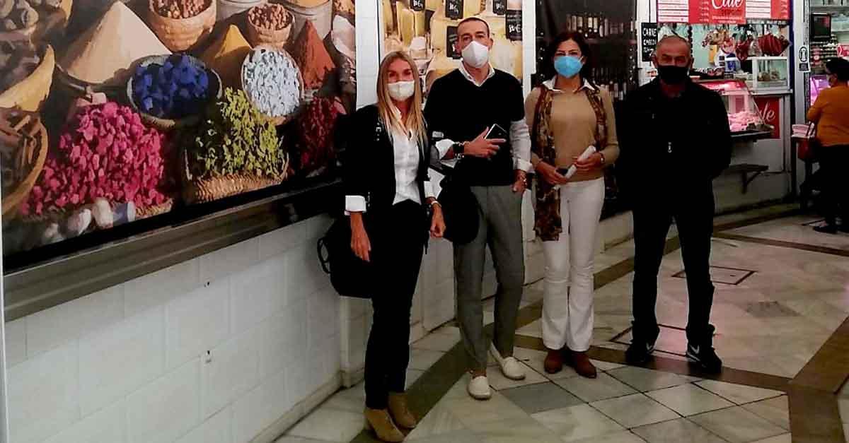 La Veracruz se incorpora al Mercado Solidario que acoge la Plaza de Abastos
