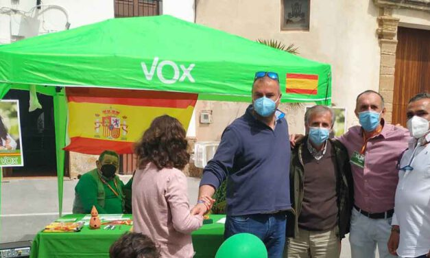 Vox organiza este sábado en El Puerto una recogida solidaria de libros infantiles para Madre Coraje