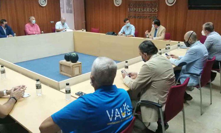 La CEC y CEC Medio Ambiente mantienen una reunión con el Seprona de Cádiz