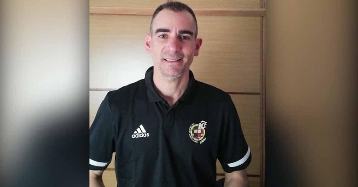 """Una camiseta de Juan José Cordero, a subasta con """"El Puerto Solidario de Primera"""""""