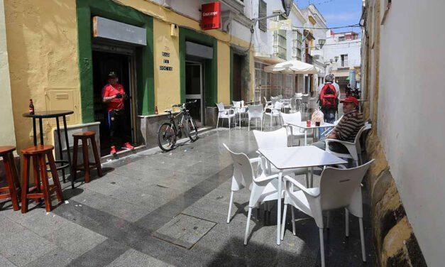 Ayudas de 1.000 euros: hostelería, comercio, peluquerías, taxi y feriantes