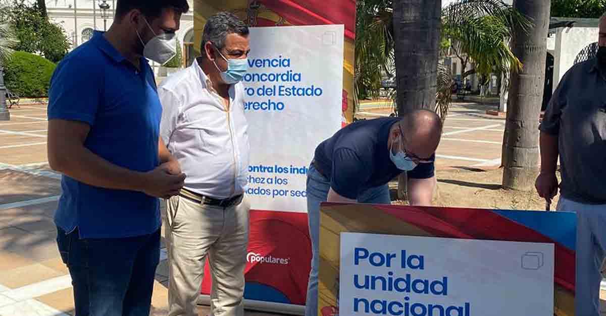 """El PP recoge en El Puerto el """"No"""" a los indultos de Pedro Sánchez"""