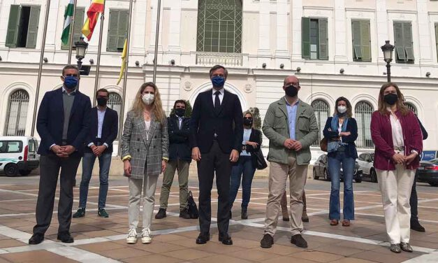El PP reclama en El Puerto 20.000 millones de fondos europeos para la gestión directa por los ayuntamientos