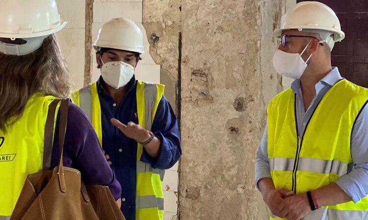 Beardo visita las obras de la Casa de Las Cadenas y Roque Aguado
