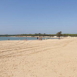 El Gobierno andaluz pide abrir las playas al baño el 25 de mayo