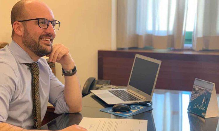 Beardo anuncia la primera reorganización del personal municipal