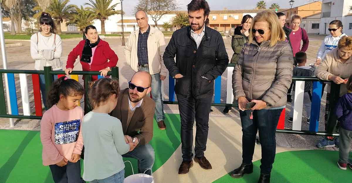 Inaugurado el nuevo parque infantil de Doña Blanca