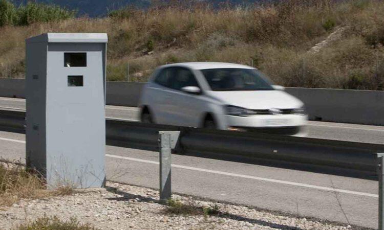 Tráfico coloca dos nuevos radares fijos en El Puerto