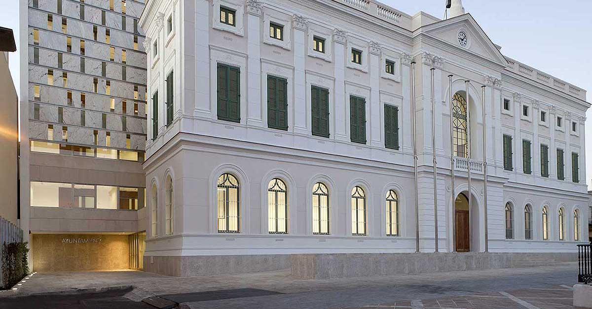 El Ayuntamiento acerca la Administración Electrónica a los portuenses