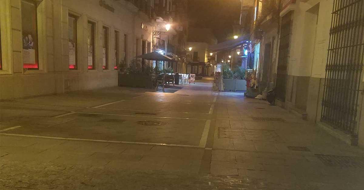 Toque de queda en Andalucía: se mantendrá igual al no aceptar el Gobierno que se adelante a las ocho