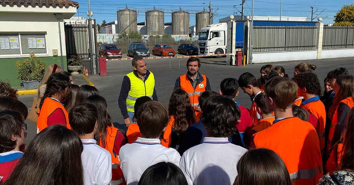 Alumnos de El Centro Inglés visitan las instalaciones del CRR y el Cemulimp