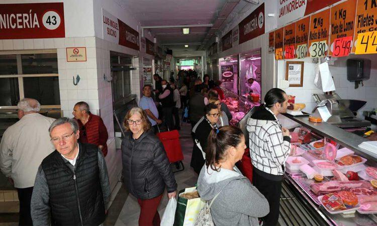 El miedo al coronavirus desata las compras compulsivas en El Puerto