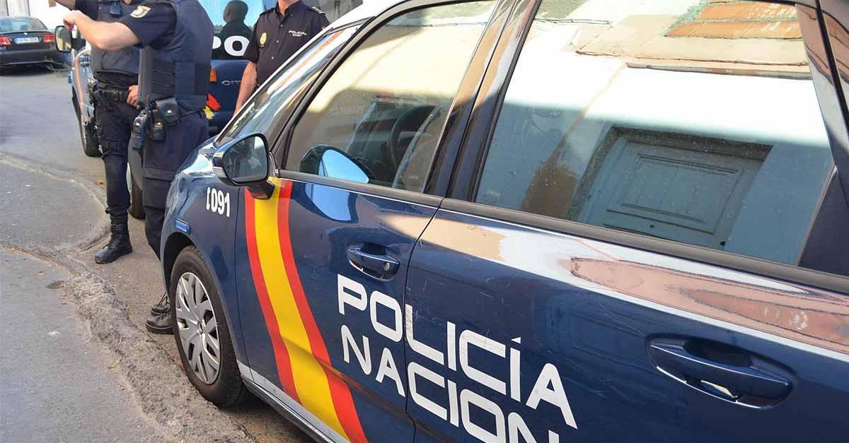 Detenido por asaltar con un cuchillo a un hombre a la salida de un hotel en El Puerto
