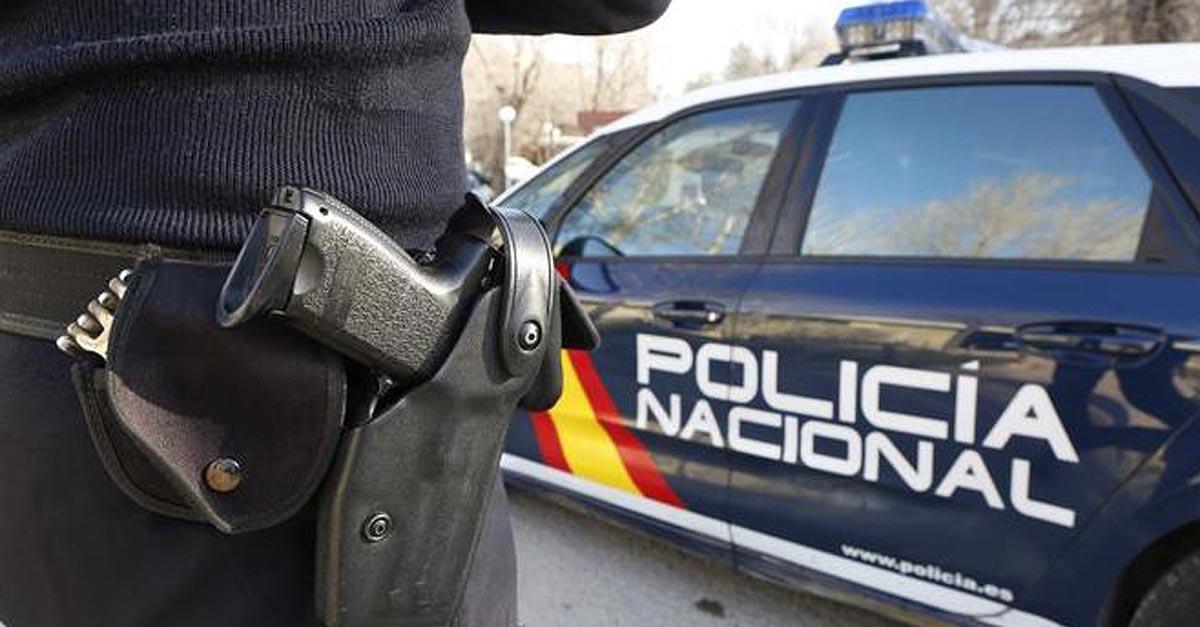 """La Policía Nacional disuelve una """"Rave"""" en El Puerto y levanta 25 actas de denuncias"""