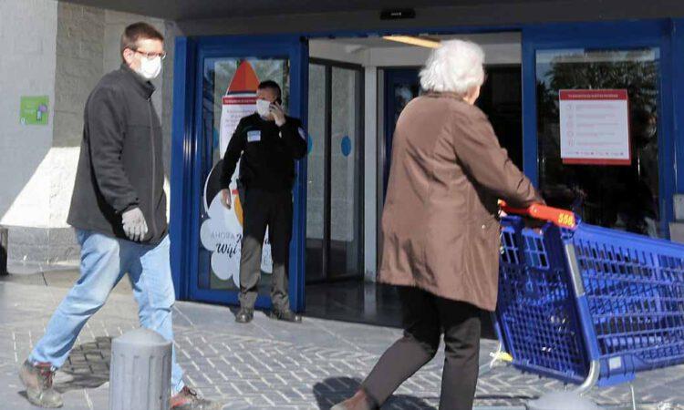 No, no hay un horario especial para mayores de 65 años en Carrefour, es un bulo