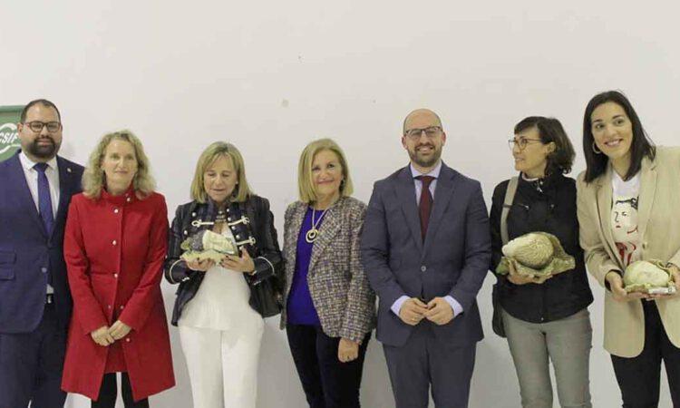 Los Premios Menesteo reconocen la labor de tres mujeres deportistas