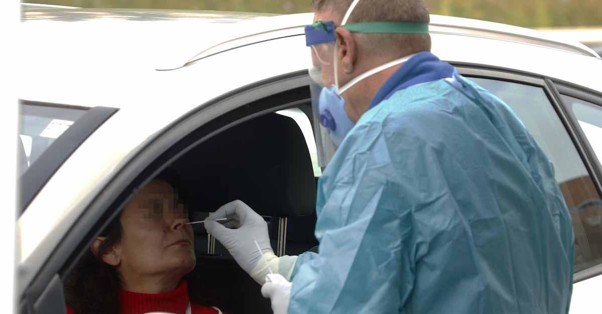 131.245 PCR y 183.460 test rápidos hechos en Andalucía
