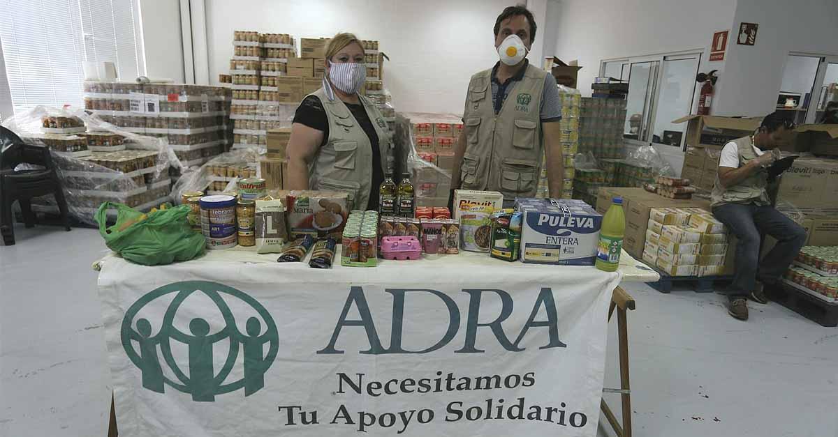 El equipo de voluntarios de Adra, el apoyo para más de 2.000 familias portuenses