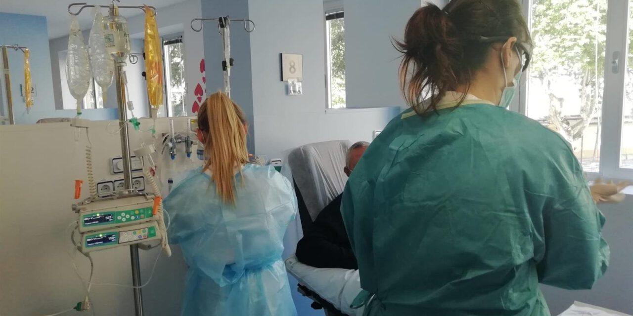 Andalucía suma un fallecido y 10 casos por PCR en 24 horas
