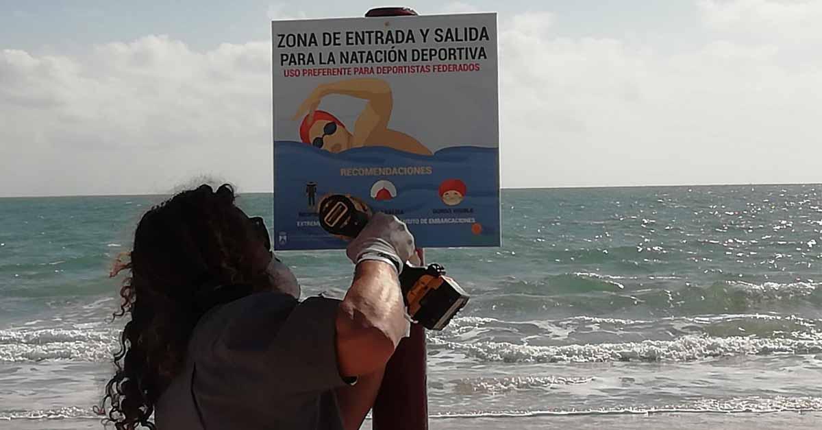 Instalada la señalización de calles para la natación deportiva en cuatro playas