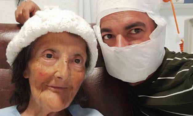 La Tía Pepa ya está en casa tras recibir el alta por su operación de cadera