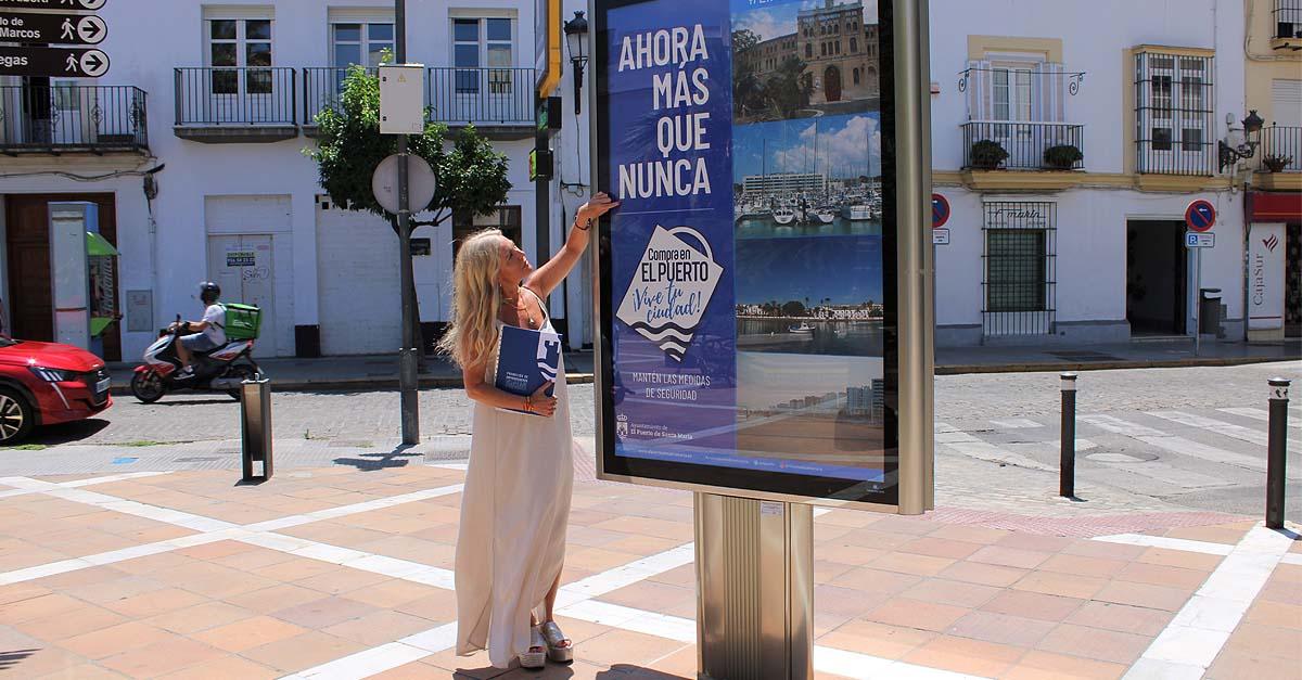 El Ayuntamiento de El Puerto instala nueve mupis para fomentar el comercio local