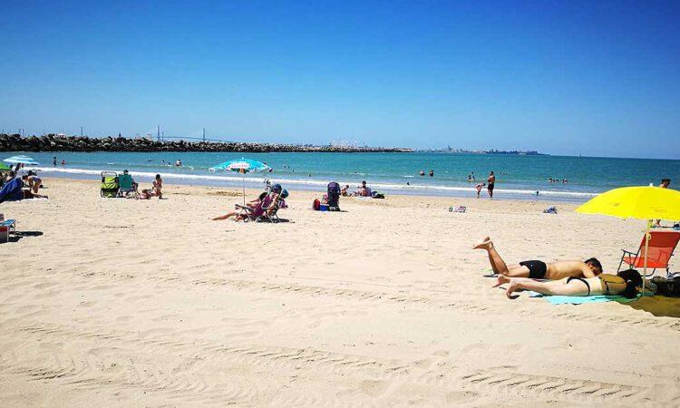 Las aguas de las playas continúan en niveles de calidad adecuados